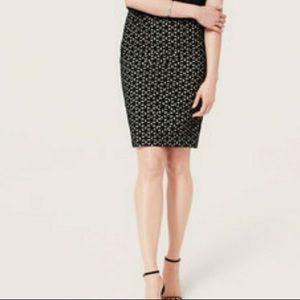 LOFT eyelet pencil skirt, size 4